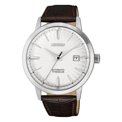 CITIZEN 光動能質感鈦金真皮機械手錶NJ2180-11A-銀X咖啡/40mm