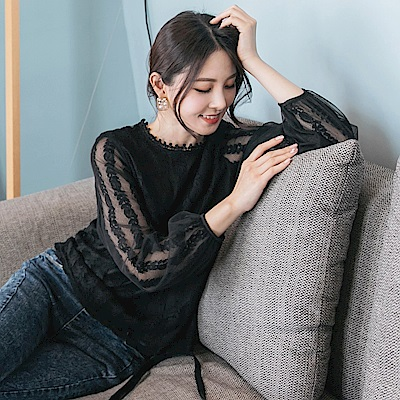 鏤空雕花拼接韓系網紗袖上衣-OB大尺碼