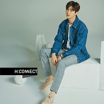 H:CONNECT 韓國品牌 男裝-雙口袋車線造型牛仔外套-藍