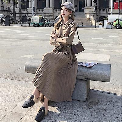 DABI 韓系復古氣質顯瘦超仙百褶絨面長袖洋裝