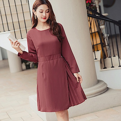 純色圓領壓褶裙擺收腰長袖洋裝-OB大尺碼