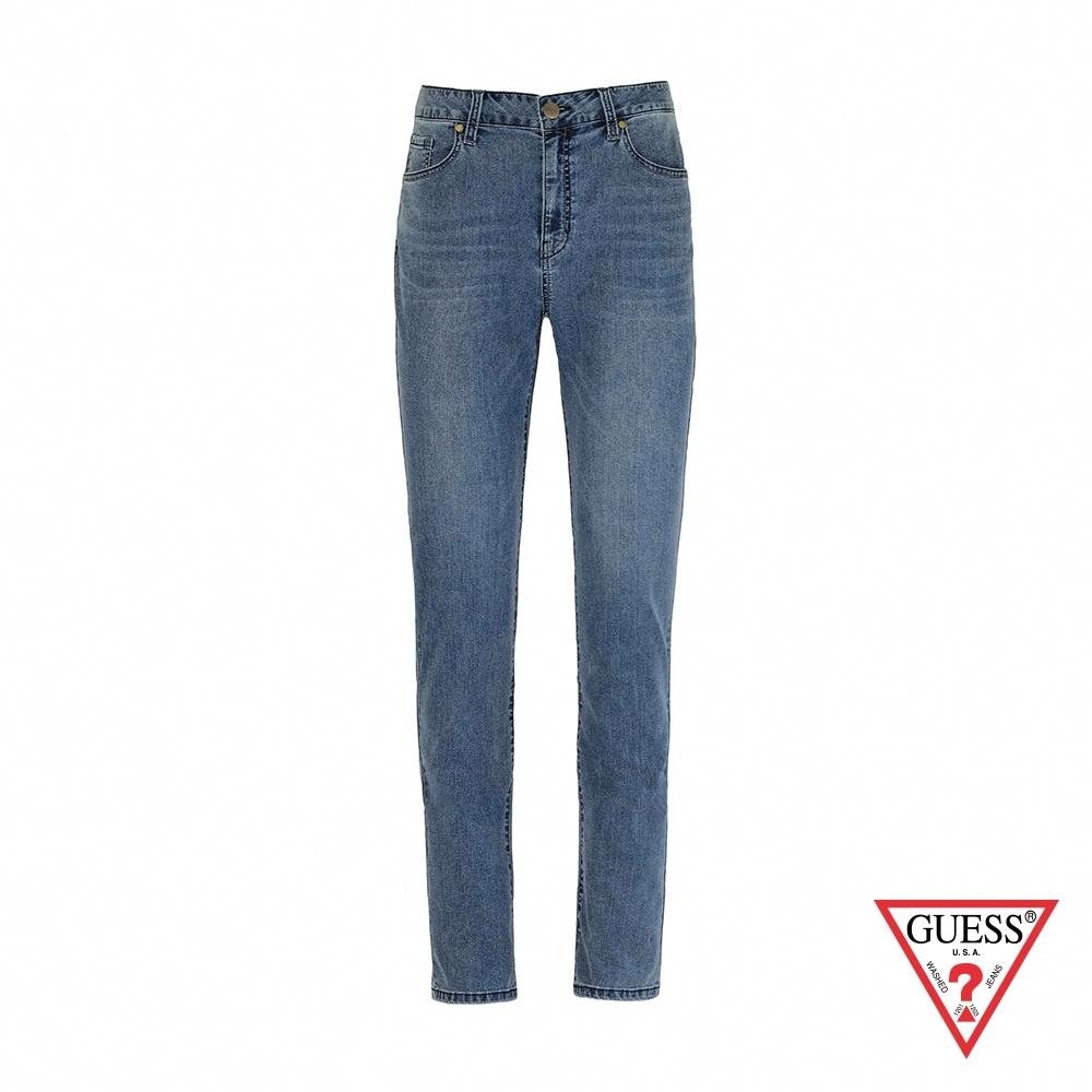 GUESS-男裝-簡約刷色直筒牛仔褲-淺藍 原價3490