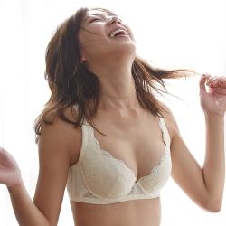 蕾黛絲-經典峰靡內衣 B-E罩杯內衣 珍珠白