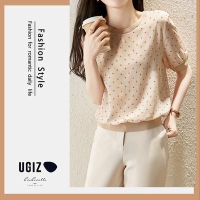 UGIZ-修身氣質圓領波點縮袖口造型上衣-淺杏(M-XL)