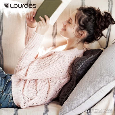 Lourdes日式溫熱揉捏薄型按摩抱枕(粉色) 車用/家用
