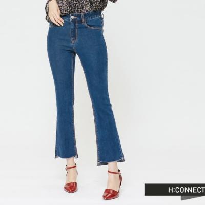 H:CONNECT 韓國品牌 女裝 - 不收邊隨性剪裁小喇叭褲-藍(快)