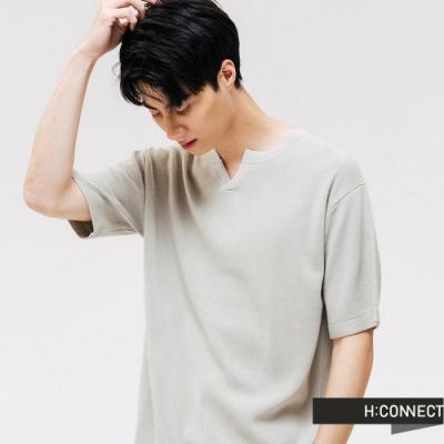H:CONNECT 韓國品牌 男裝 -純色V領針織上衣-綠