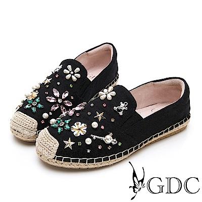 GDC-歐美小香風水鑽小花舒適平底草編漁夫鞋-黑色