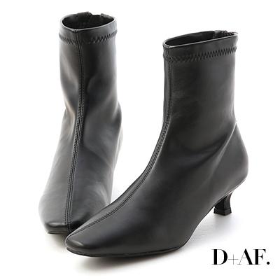 D+AF 優雅專屬.素面中車線小貓跟襪靴*黑