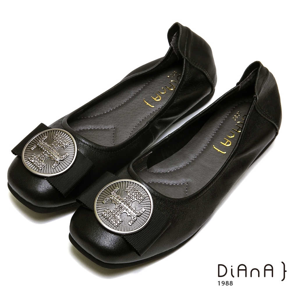 DIANA 真皮方頭金屬圓釦平底娃娃鞋-復古典雅-黑