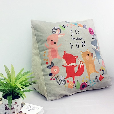 【收納職人】Zakka日系雜貨風棉麻織紋舒壓三角抱枕/靠枕/腿枕(動物Fun樂園)