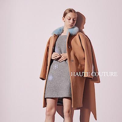 Haute Couture 高定系 精緻狐狸毛領落肩造型長版大衣-奶茶色