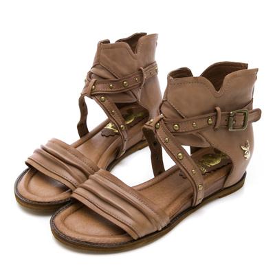 PLAYBOY羅馬再現 鉚釘交叉羅馬涼鞋-棕