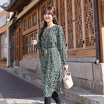質感豹紋印花厚雪紡綁帶洋裝-OB大尺碼