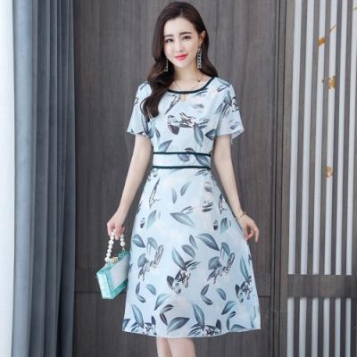 淺藍優雅印花黑邊收腰圓領雪紡洋裝M-3XL-REKO