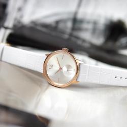 CK 簡約典雅 礦石強化玻璃 瑞士製造 壓紋皮革手錶-白x玫瑰金框/32mm