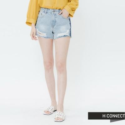 H:CONNECT 韓國品牌 女裝-蕾絲滾邊破損牛仔短褲-藍
