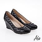 A.S.O 雅緻魅力 職場通勤經典菱格紋楔型鞋 黑