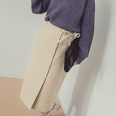 純色包釦排釦綁帶設計毛呢及膝中裙-OB嚴選