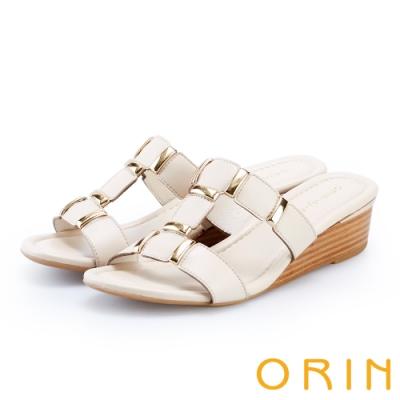 ORIN 金屬質感T字楔型拖鞋 米色