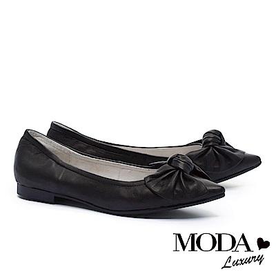 低跟鞋 MODA Luxury 簡約氣質素雅蝴蝶扭結尖頭低跟鞋-黑