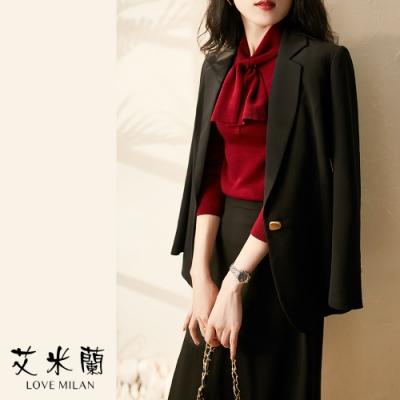 艾米蘭-韓版衣領綁結排扣造型上衣-2色(S-XL)
