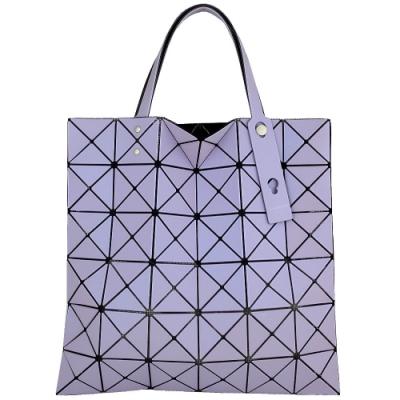 ISSEY MIYAKE 三宅一生BAOBAO 霧面幻彩三角格6x6手提包(淺紫)