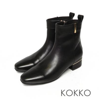 KOKKO時髦方頭小牛皮側拉鍊跟短靴經典黑色