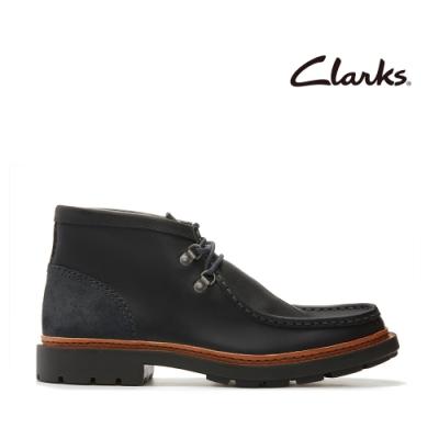 Clarks 科履行蹤  粗獷風2孔D型鞋眼扣寬口低筒靴 深灰色