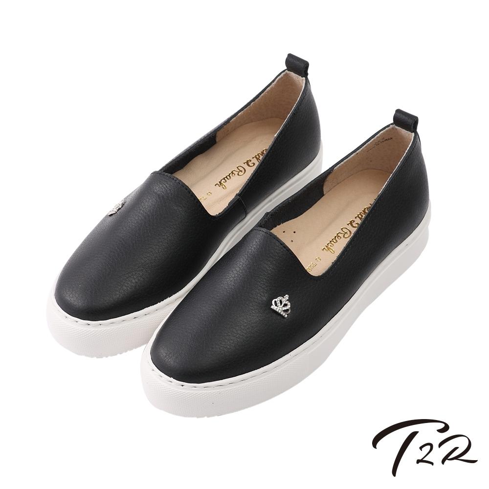 T2R-全真皮手工質感皇冠輕便懶人鞋-黑