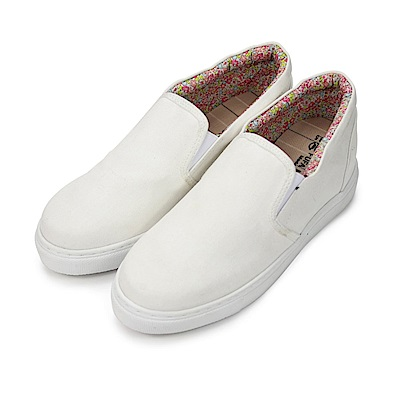 BuyGlasses 小心機內增高素面懶人鞋-白