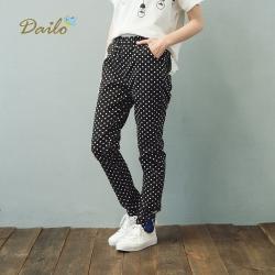 【Dailo】大雞刺繡點點窄管修身-長褲(三色)