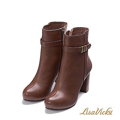 LisaVicky保暖內鋪毛環扣皮革粗高跟短靴-棕色