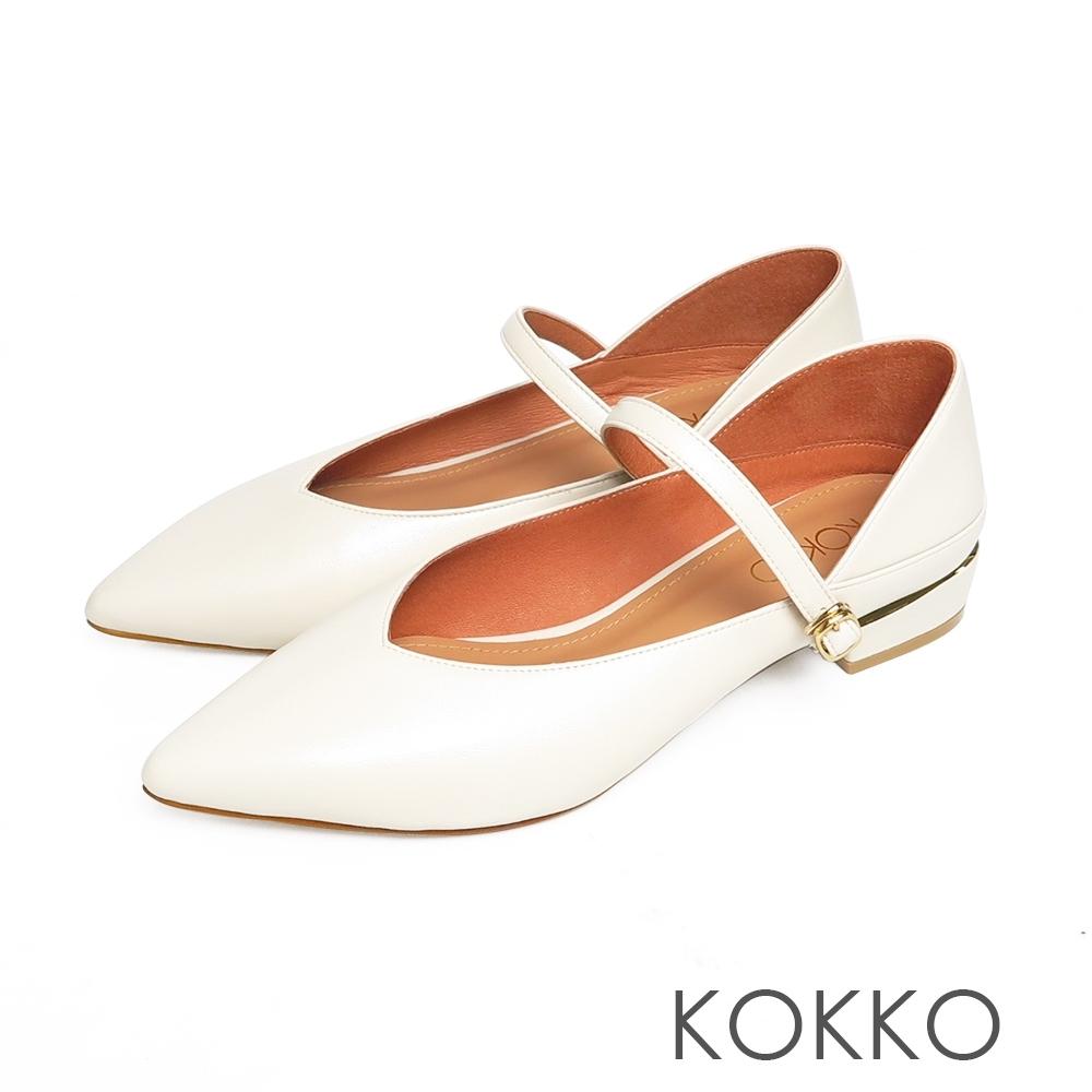 KOKKO經典尖頭柔軟小羊皮瑪莉珍粗跟鞋霧米