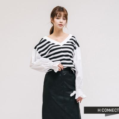H:CONNECT 韓國品牌 女裝 - 大V領拼接造型上衣-黑