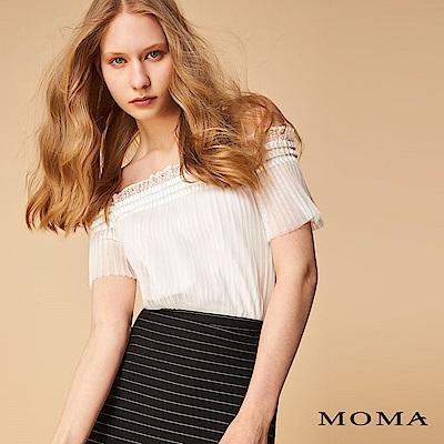 MOMA 蕾絲壓褶上衣