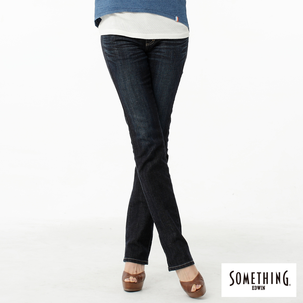 SOMETHING 中直筒 V.HIP提臀牛仔褲-女-原藍磨