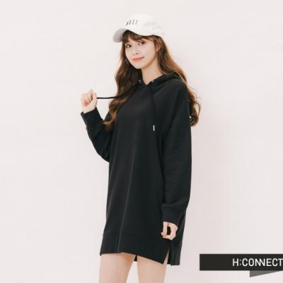 H:CONNECT 韓國品牌 女裝 - 休閒素面微長版帽T-黑