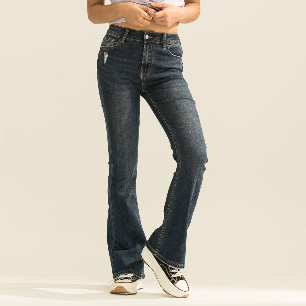 LAKING.GIRLS-魔術翹臀合身牛仔喇叭褲