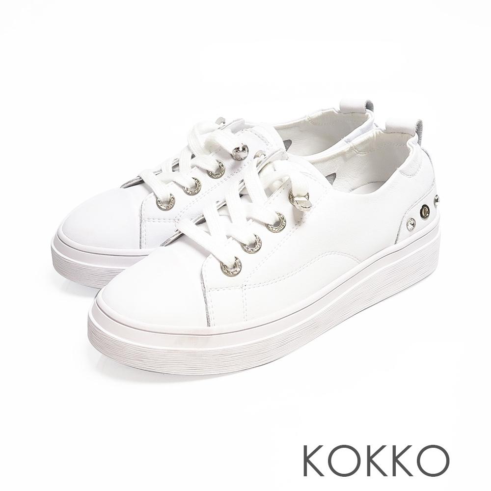 KOKKO素面真皮厚底綁帶休閒鞋奶泡白