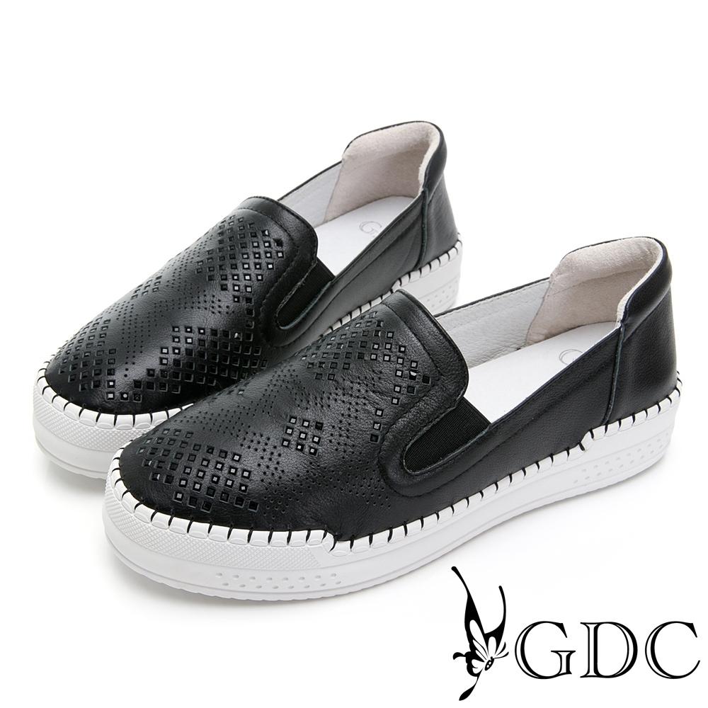 GDC-超軟!真皮簍空水鑽舒適休閒鞋-黑色
