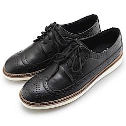 BuyGlasses 韓國雅痞雕花復古皮革鞋-黑