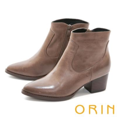 ORIN 俐落時髦真皮素面粗跟 女 短靴 咖啡
