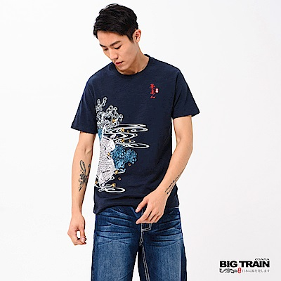 BIG TRAIN 加大魚躍清海波圓領短袖-男-深藍