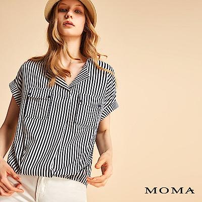 MOMA 摩登條紋V領上衣