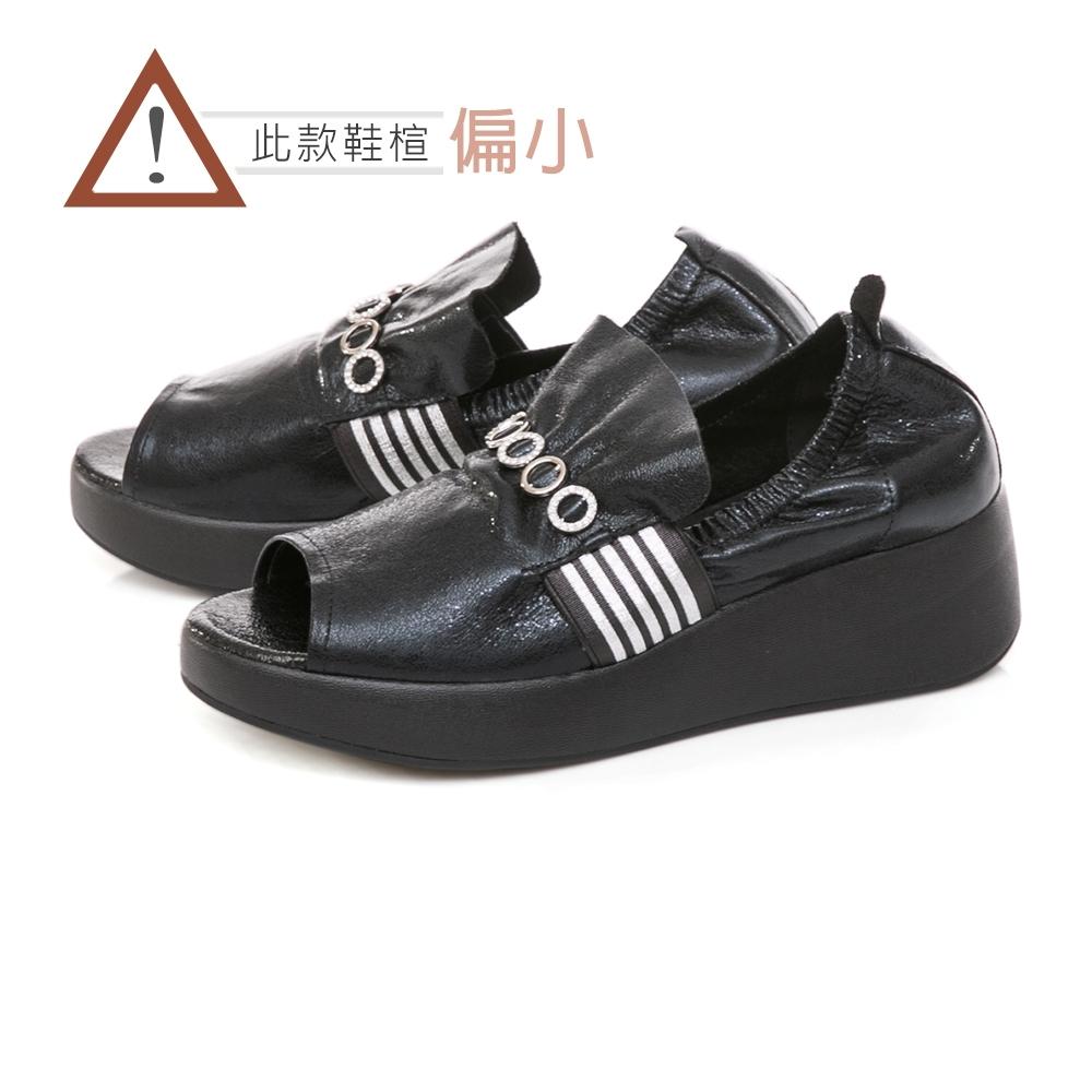 TAS 質感水鑽飾釦抓皺魚口厚底鞋-經典黑