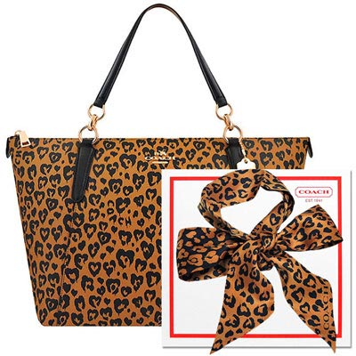 COACH 咖啡色豹紋愛心PVC醫生包+COACH 咖啡色愛心圖樣雙面造型絲巾