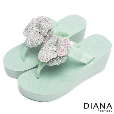 DIANA 光彩迷人-閃爍亮眼奢華大花水鑽厚底夾腳涼拖鞋-綠