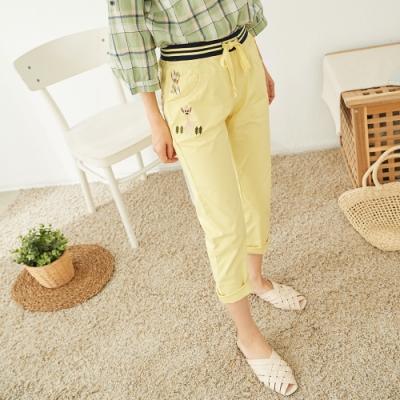慢 生活 貼布造型棉料九分長褲- 黃色