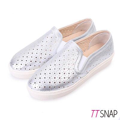 TTSNAP厚底樂福鞋-MIT星星鏤空真皮休閒鞋 銀